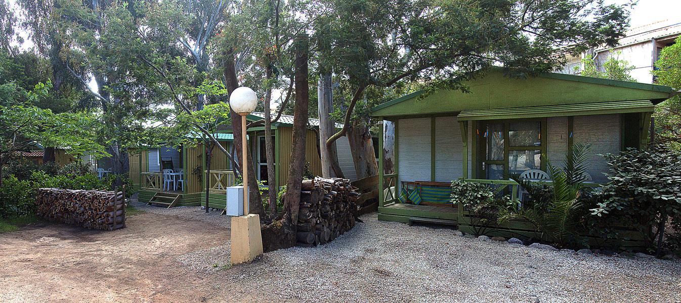 h bergement et location de s jour au camping de calvi en corse. Black Bedroom Furniture Sets. Home Design Ideas