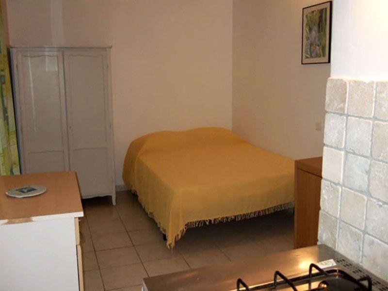 bungalow 2 personnes. Black Bedroom Furniture Sets. Home Design Ideas
